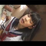 【鍵っ子レイプadaruto動画】パイパンJKが媚薬まみれのチンコをイラマチオされてレイプされることになり絶頂し続ける!