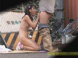 【adaruto動画】スク水の日焼け跡が残るロリ系美少女の「陽木かれん」が野外セックスをさせられてしまう!