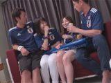 【adaruto動画】ワールドカップの日本戦が勝利をしてお祭り騒ぎになっていた渋谷でナンパされた2人の美女が乱交をしちゃう!